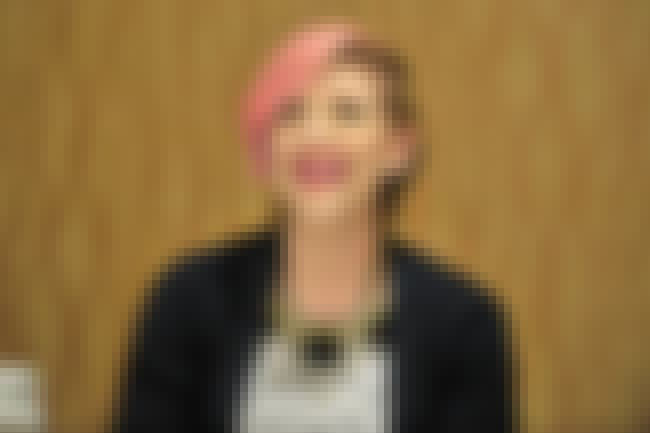 Lisa Lampanelli is listed (or ranked) 3 on the list Famous Female Stand-up Comedians