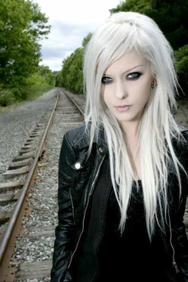 Lisa Marx is listed (or ranked) 2 on the list Hottest Chicks In Metal and Punk