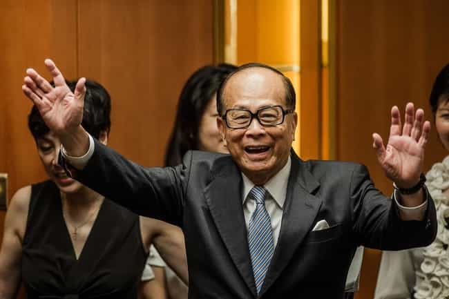Li Ka-shing is listed (or ranked) 1 on the list Asia's 25 Richest People