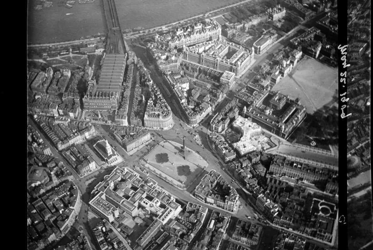 London, 1909 is listed (or ranked) 4 on the list Stunning Aerial Photography of Early Cities Like You've Never Seen Them Before
