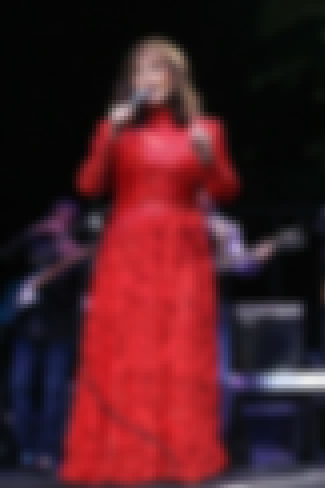 Loretta Lynn is listed (or ranked) 2 on the list 22 Old Singers You Didn't Realize Are Still Alive