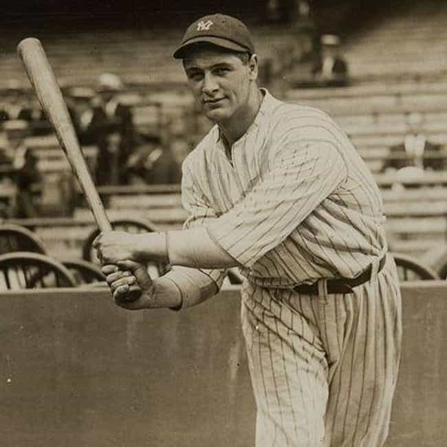 Lou Gehrig is listed (or ranked) 2 on the list The Best Athletes Who Wore #4