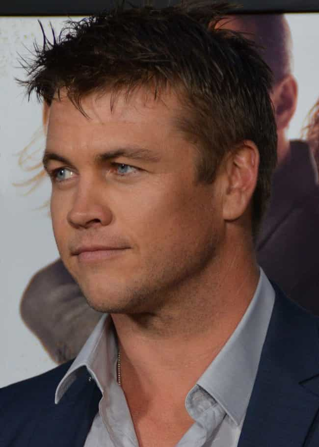 Luke Hemsworth is listed (or ranked) 3 on the list 13 Unknown Siblings From Extremely Famous Families