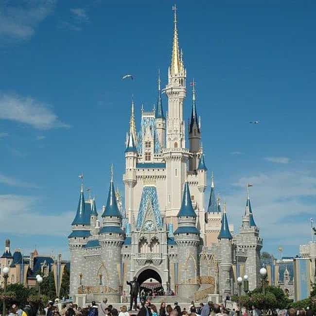 Magic Kingdom is listed (or ranked) 4 on the list The Best Amusement Parks In America