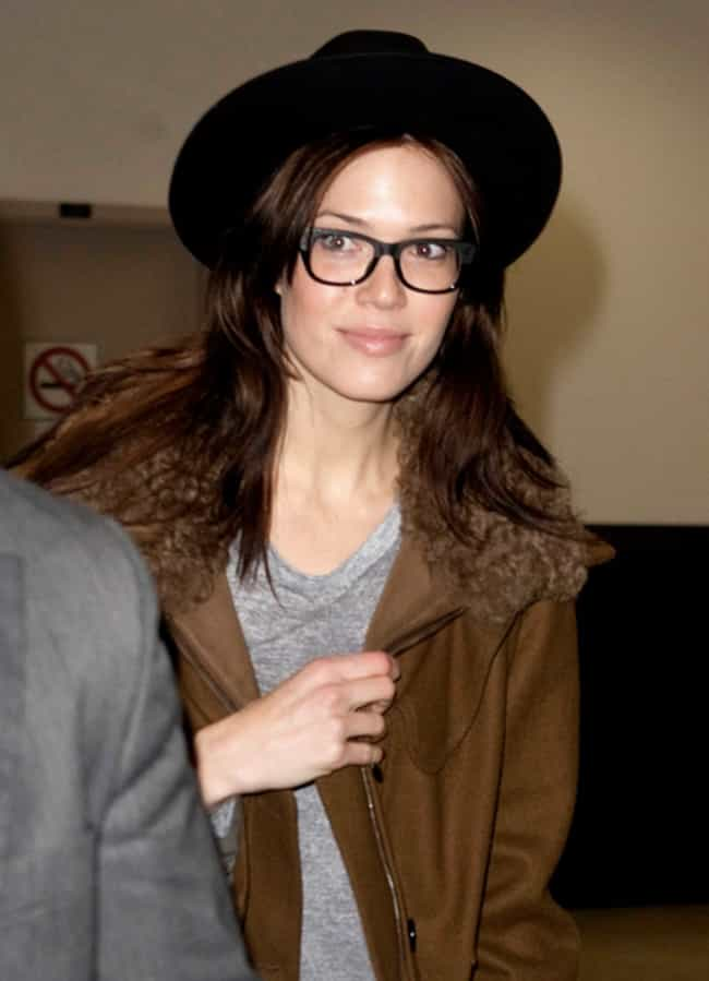 The Sexiest Famous Girls Who Wear Glasses