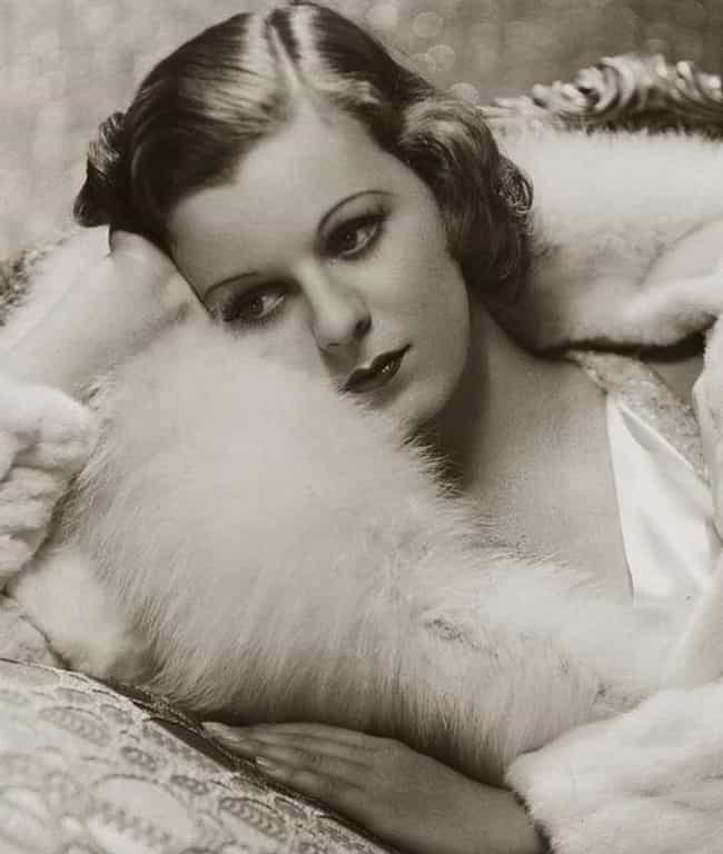 Margaret Sullavan is listed (or ranked) 6 on the list Famous People Who Died Of Barbiturate Overdose