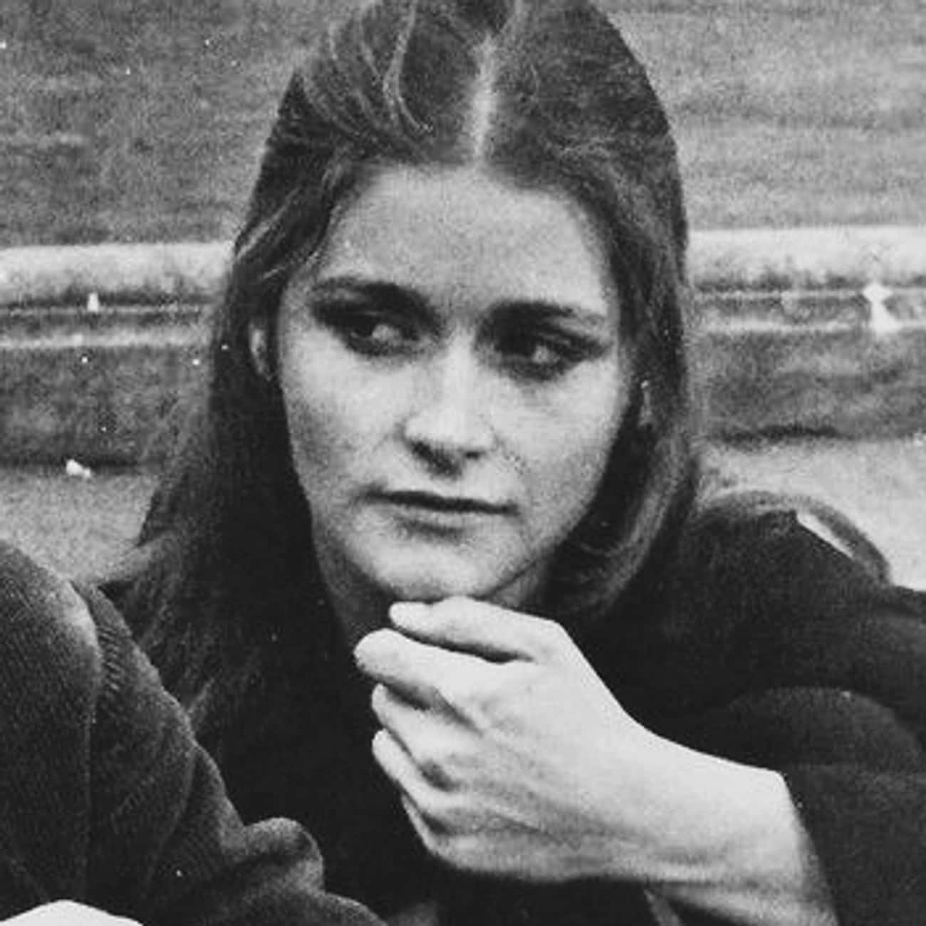 Margot Kidder is listed (or ranked) 4 on the list Steven Spielberg Loves and Hookups