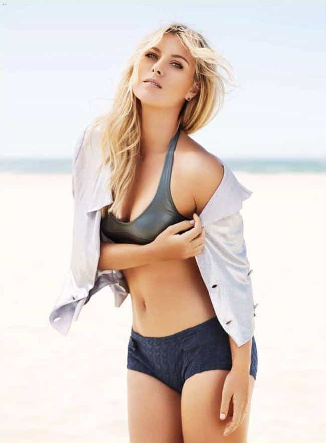 Maria Sharapova is listed (or ranked) 3 on the list Stunning Famous Babes with Bleach-Blonde Hair