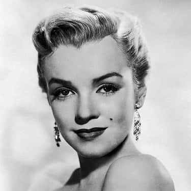 Marilyn Monroe is listed (or ranked) 1 on the list Famous People with Widow's Peaks