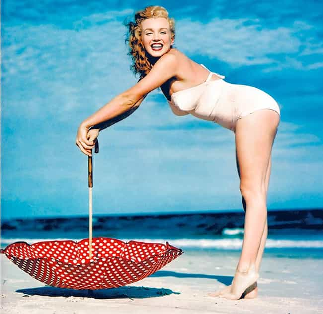 List of the Hottest 1950s Pin-Up Girls