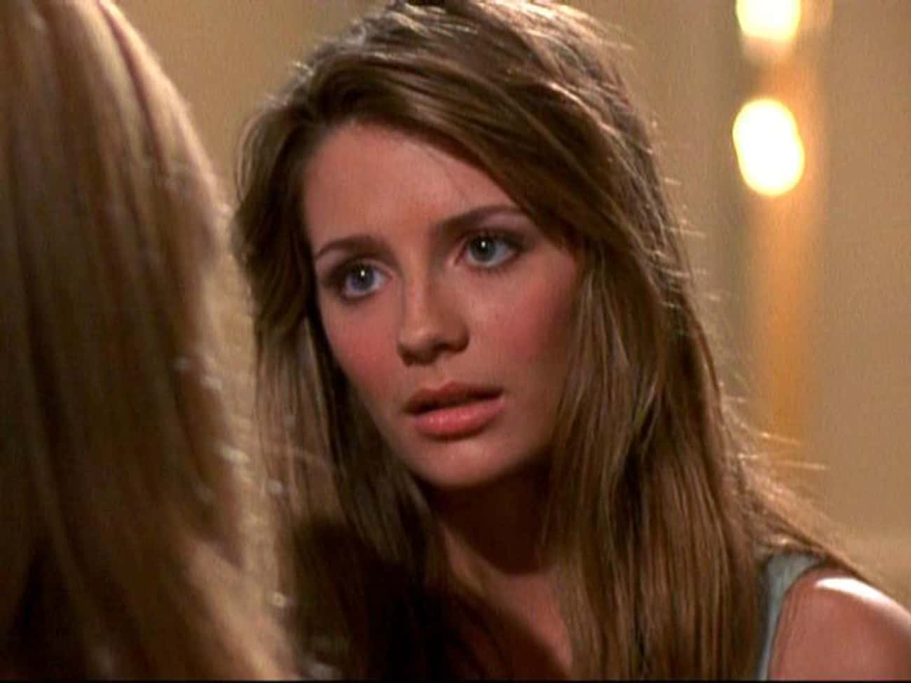 Marissa Cooper From 'The O.C.' is listed (or ranked) 3 on the list 30+ Popular TV Characters Who Were Suddenly Written Off The Show (And Why)