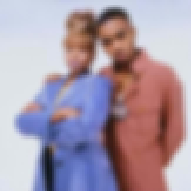 Mary J. Blige is listed (or ranked) 2 on the list Nas's Loves & Hookups