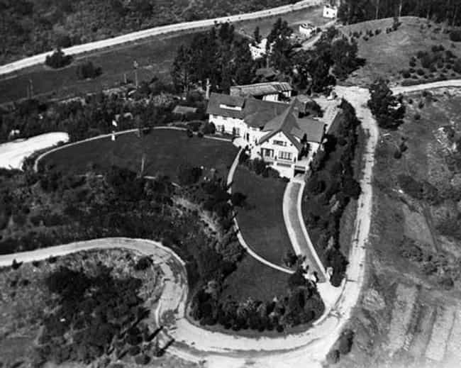 Mary Pickford is listed (or ranked) 3 on the list The Most Unbelievable Old Hollywood Estates