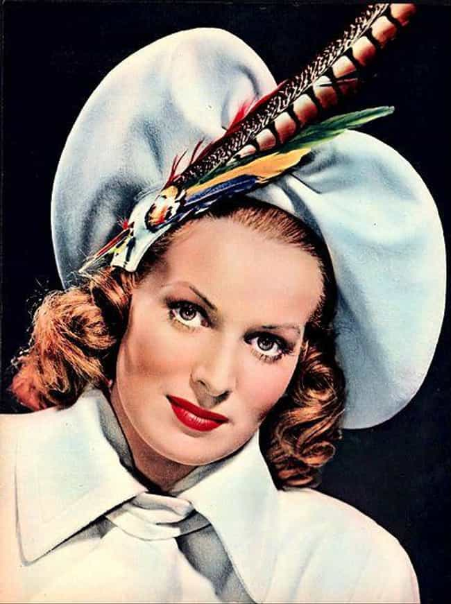 Maureen O'Hara is listed (or ranked) 32 on the list Dead Actors and Actresses of 2015