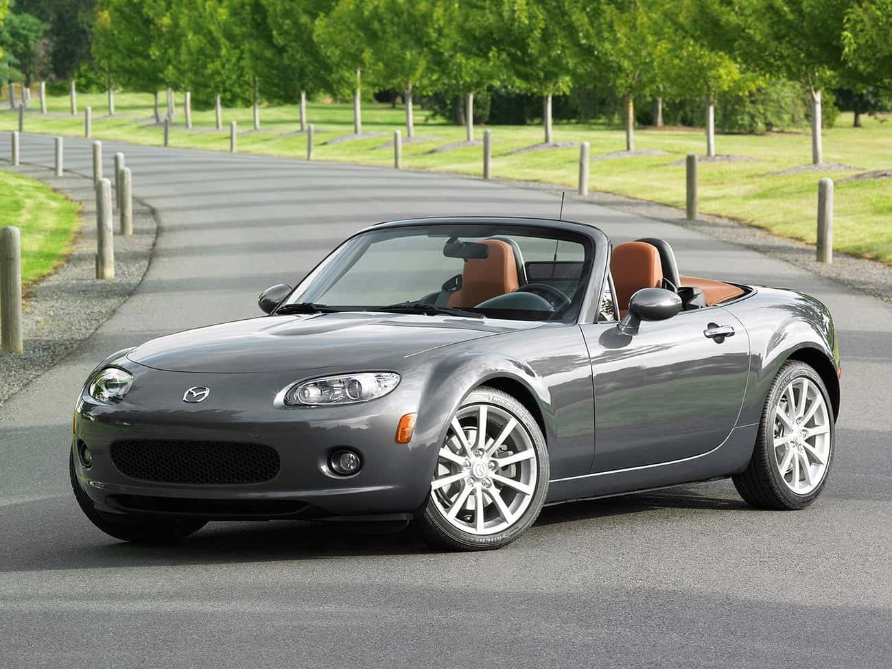 Mazda MX-5 is listed (or ranked) 3 on the list Sporty Cars With Good Gas Mileage