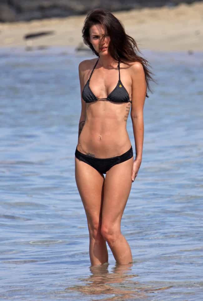 Megan Fox is listed (or ranked) 4 on the list The 15 Weirdest Looking Celebrity Bellybuttons