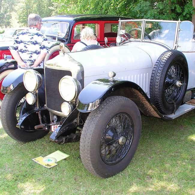 Minerva AC is listed (or ranked) 4 on the list Full List of Minerva Automobile Models
