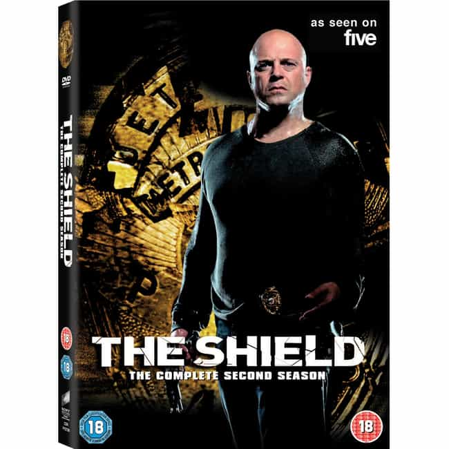 The Shield - Season 2 is listed (or ranked) 3 on the list The Best Seasons of The Shield