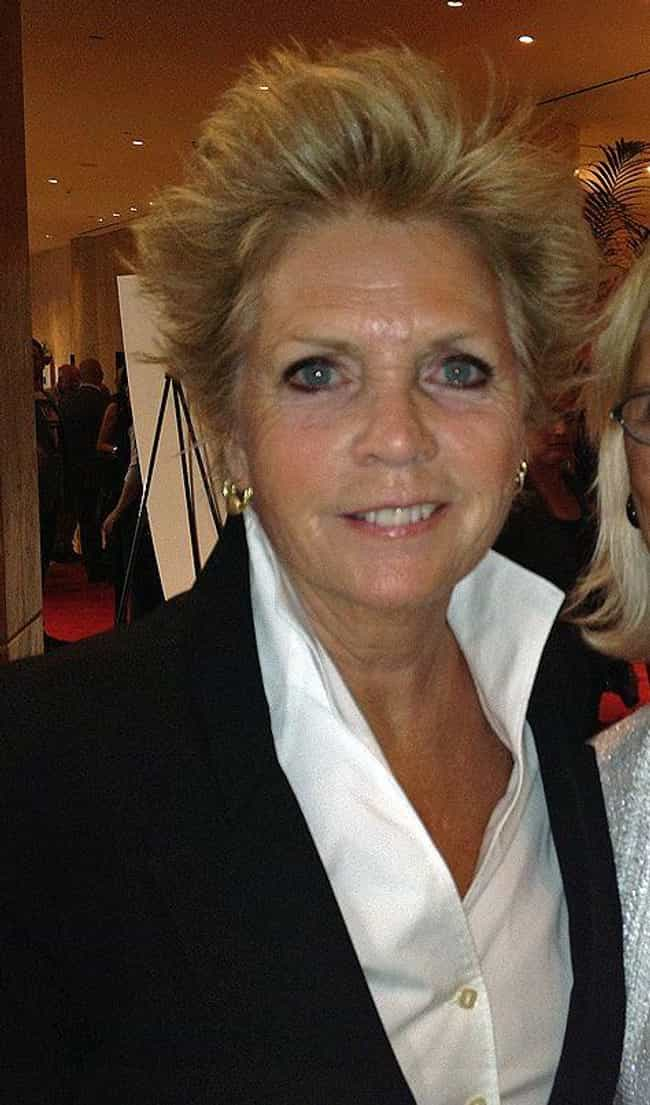 Meredith Baxter is listed (or ranked) 2 on the list 9 Famous Lesbians Who Were Once Married to Men
