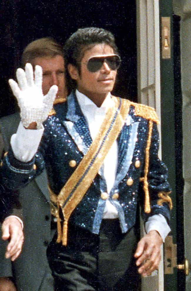 Michael Jackson is listed (or ranked) 2 on the list 30 Celebrities Who Died Without a Will