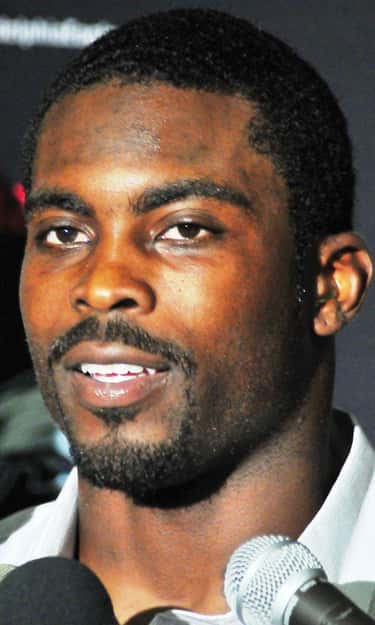 Michael Vick is listed (or ranked) 2 on the list 80 Athletes Who Are Felons