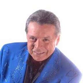 Mickey Gilley is listed (or ranked) 10 on the list Full Cast of Urban Cowboy Actors/Actresses