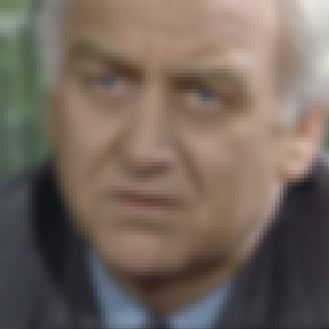 Driven to Distraction is listed (or ranked) 4 on the list The Best Inspector Morse Episodes