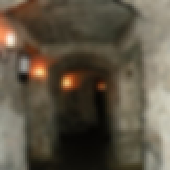 Edinburgh Vaults is listed (or ranked) 4 on the list The Best Most Haunted Episodes