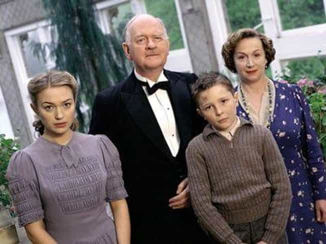 A Lesson In Murder is listed (or ranked) 1 on the list Full List of Foyle's War Episodes, Ranked