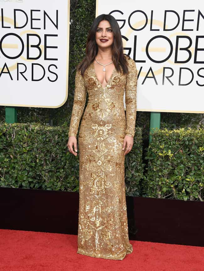 Priyanka Chopra is listed (or ranked) 4 on the list Hottest Dresses on the Red Carpet at the 2017 Golden Globes