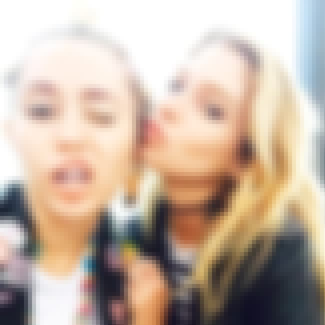 Miley Cyrus is listed (or ranked) 2 on the list Stella Maxwell Loves And Hookups