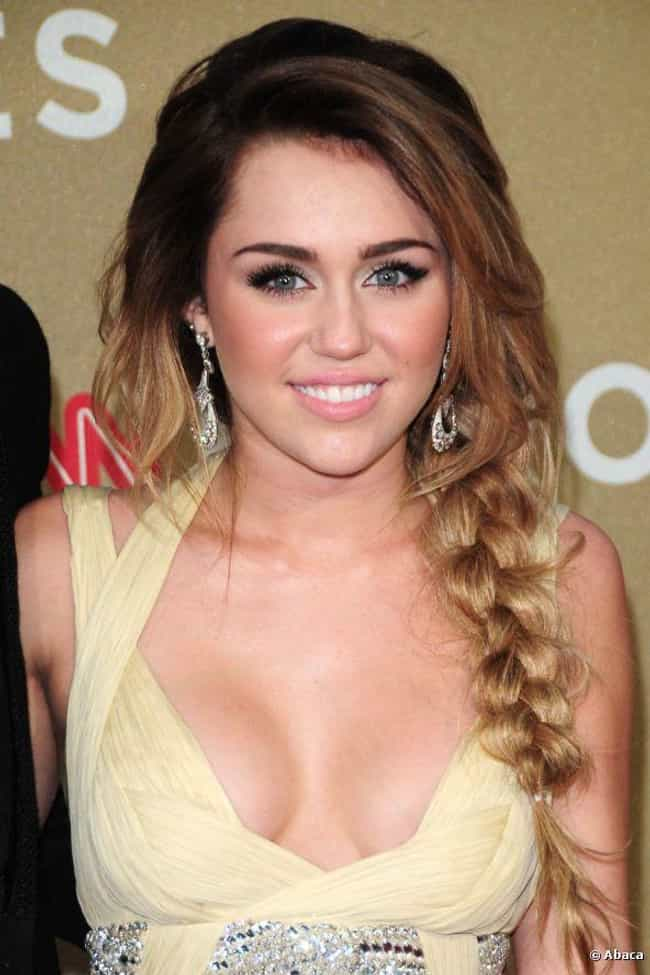 Miley Cyrus is listed (or ranked) 7 on the list Famous People of Irish Descent