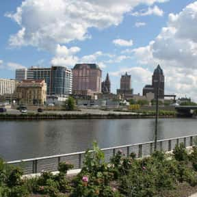 Milwaukee is listed (or ranked) 17 on the list The Best US Cities for Walking