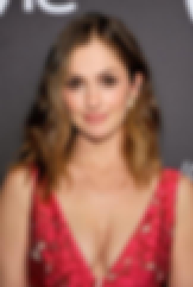 Who Has Jake Gyllenhaal Dated?