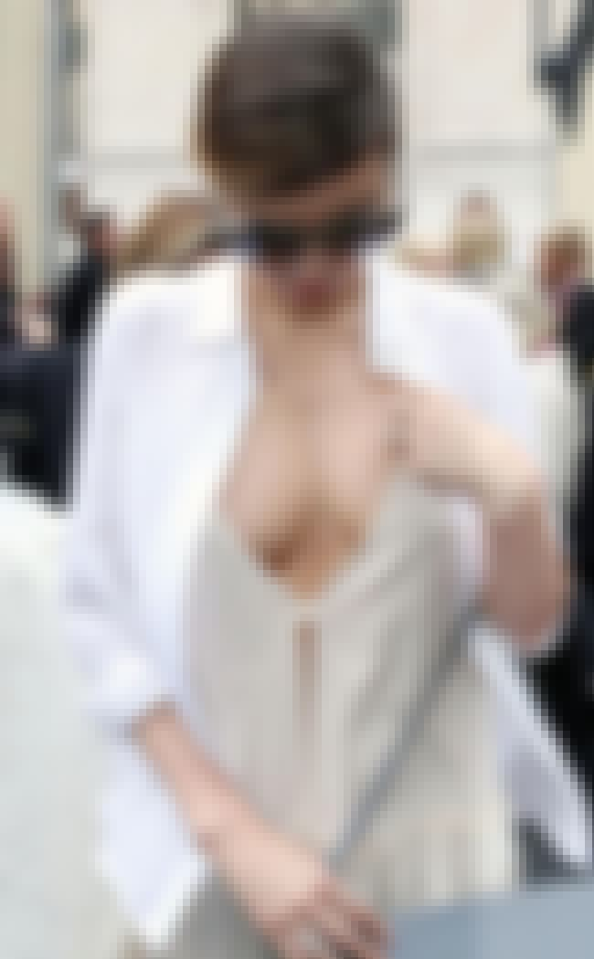 Miranda Kerr is listed (or ranked) 4 on the list Is Your Favorite View: Downblouse, The Side, Under Or Deep?