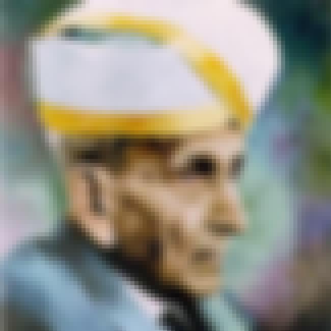 Mokshagundam Visvesvaray is listed (or ranked) 4 on the list Famous College Of Engineering, Pune Alumni