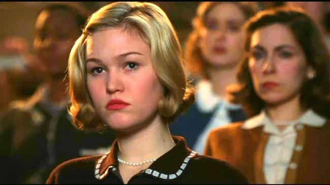 Mona Lisa Smile is listed (or ranked) 3 on the list 10 Movies And TV Shows You Never Realized Julia Stiles Was In