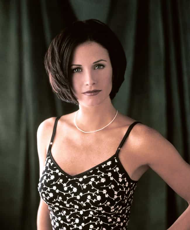 Monica Geller is listed (or ranked) 3 on the list Which '90s Sitcom Character Has The Best Signature Look?