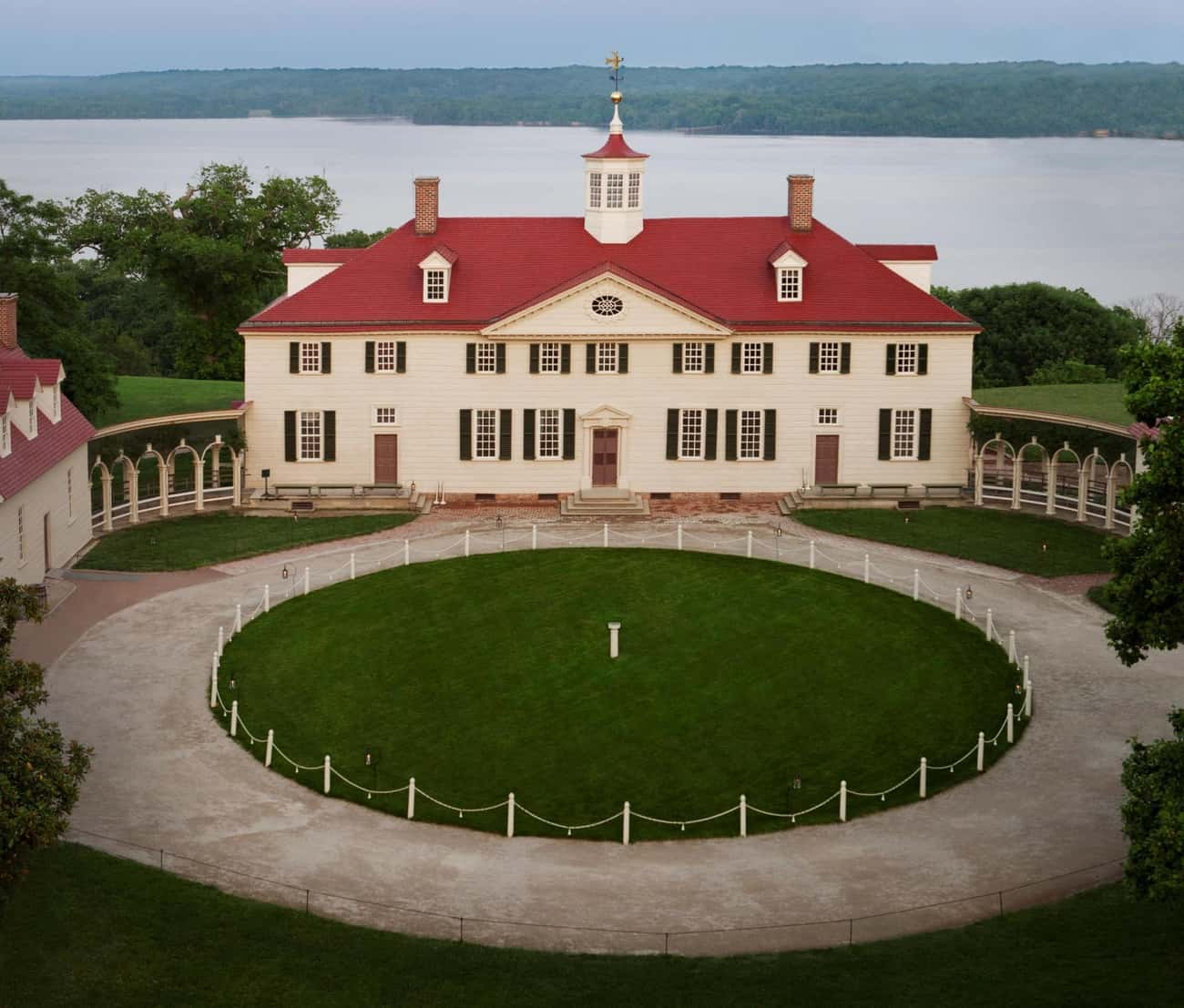 Mount Vernon is listed (or ranked) 2 on the list Rank the U.S. Presidents' OTHER Houses