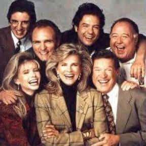 Murphy Brown is listed (or ranked) 10 on the list The Best Golden Globe Winning Comedy Series