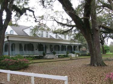 Myrtles Plantation Is Haunted  is listed (or ranked) 1 on the list 15 Ghost Stories From American Plantations