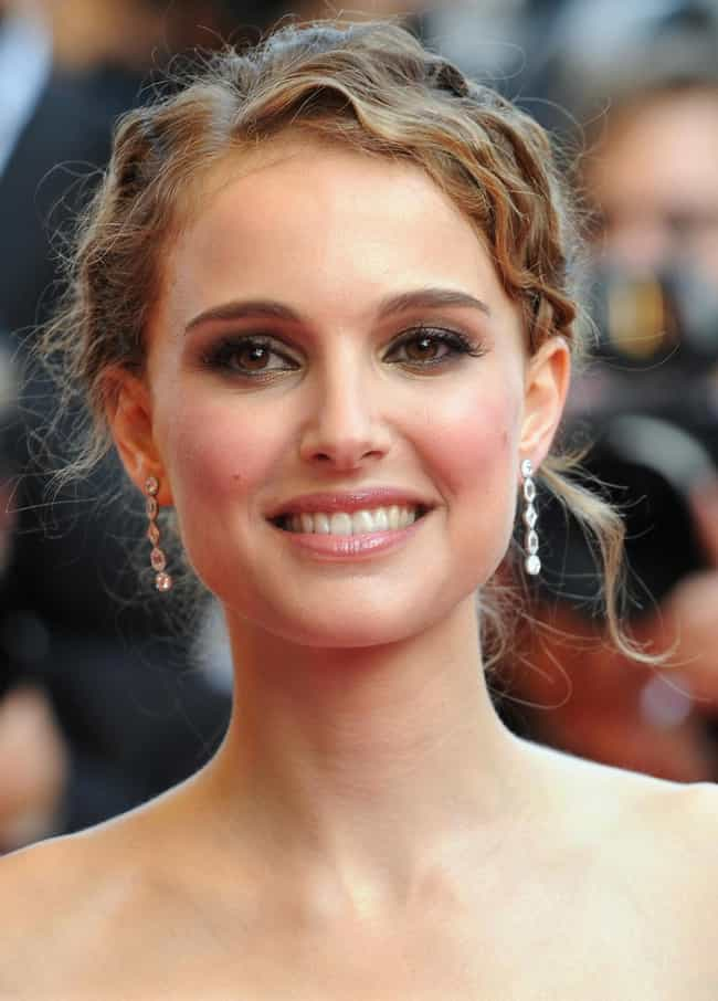 Natalie Portman is listed (or ranked) 3 on the list Celebrities You Didn't Know Are Bilingual