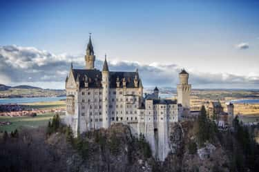 Neuschwanstein Castle is listed (or ranked) 2 on the list The Most Beautiful Buildings in the World