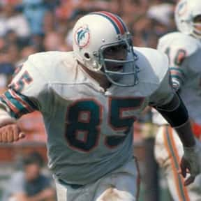 Nick Buoniconti is listed (or ranked) 14 on the list The Best New England Patriots Linebackers of All Time