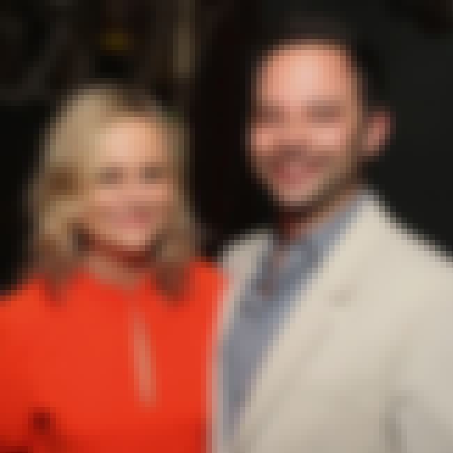 Nick Kroll is listed (or ranked) 1 on the list Amy Poehler Loves And Hookups