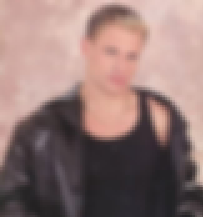 Nick Lachey is listed (or ranked) 4 on the list 25 Celebrities That Gave Us Douche Chills With Their Frosted Tips