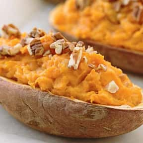 Baked Sweet Potatoes is listed (or ranked) 12 on the list The Most Delicious Thanksgiving Side Dishes
