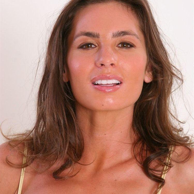 Naomi Russell Videos