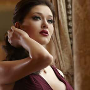 Nurgül Yeşilçay is listed (or ranked) 17 on the list Popular Film Actors from Turkey