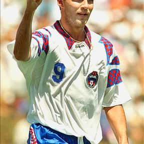 Oleg Salenko is listed (or ranked) 9 on the list The Best Soccer Players of the '90s